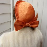burnt_orange_wood_grain_pattern_30s_40s_hat2