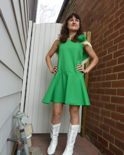 cow_girl_dress_green2